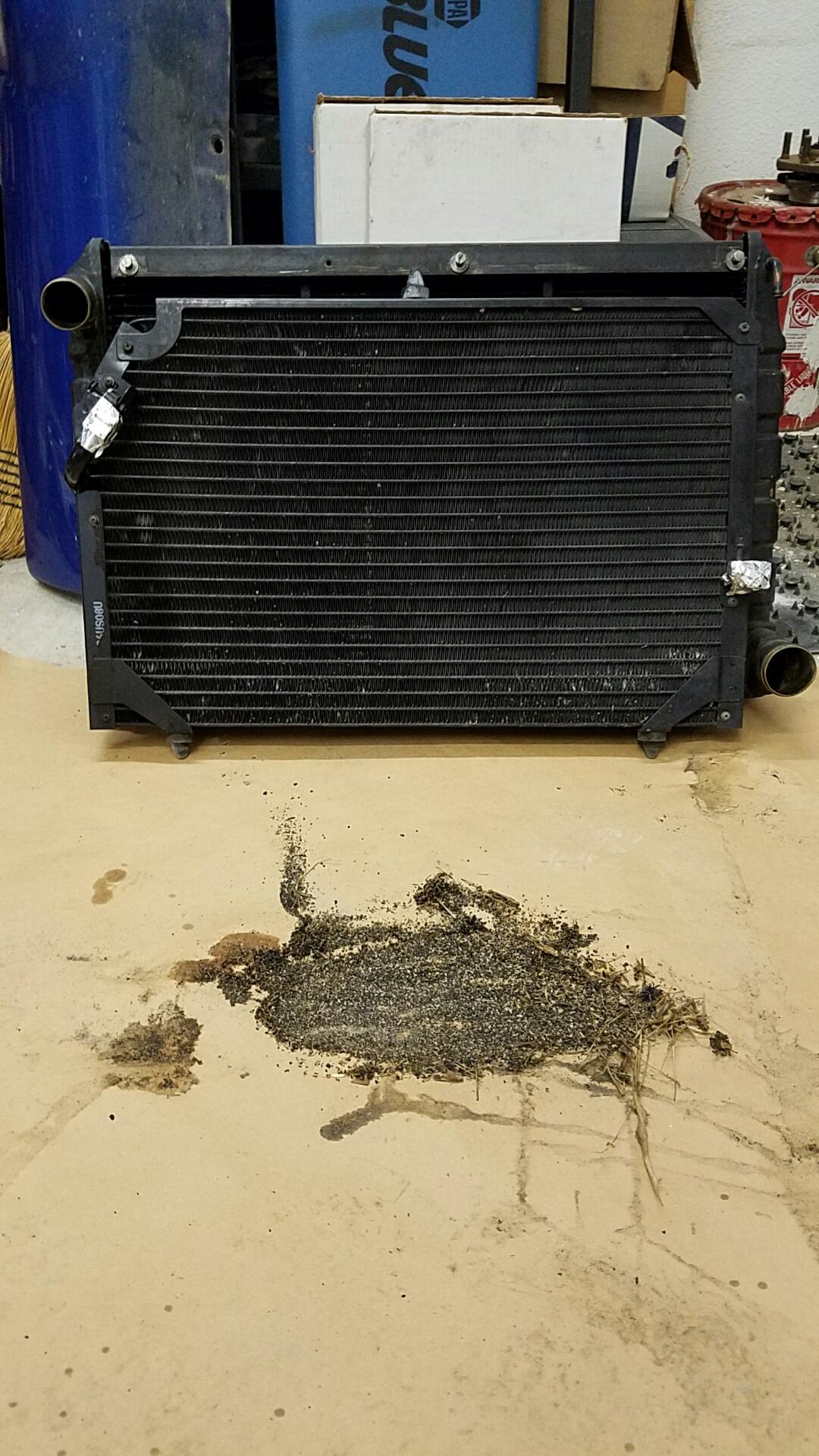 Click image for larger version  Name:radiator trash.jpg Views:98 Size:717.9 KB ID:146753